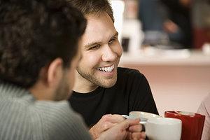 Cafe Bar Wohnzimmer In Berlin Prenzlauer Berg Offnungszeiten