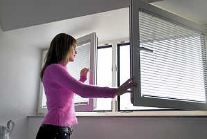 anleitung zum richtig l ften im sommer winter gegen schimmel. Black Bedroom Furniture Sets. Home Design Ideas